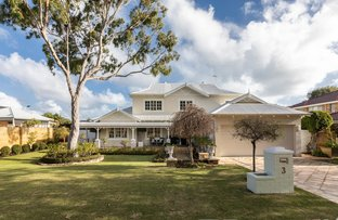 Picture of 3 Grove End Ridge, Mount Claremont WA 6010