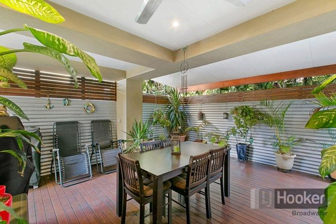 Picture of 2/62 Broad Street, LABRADOR QLD 4215