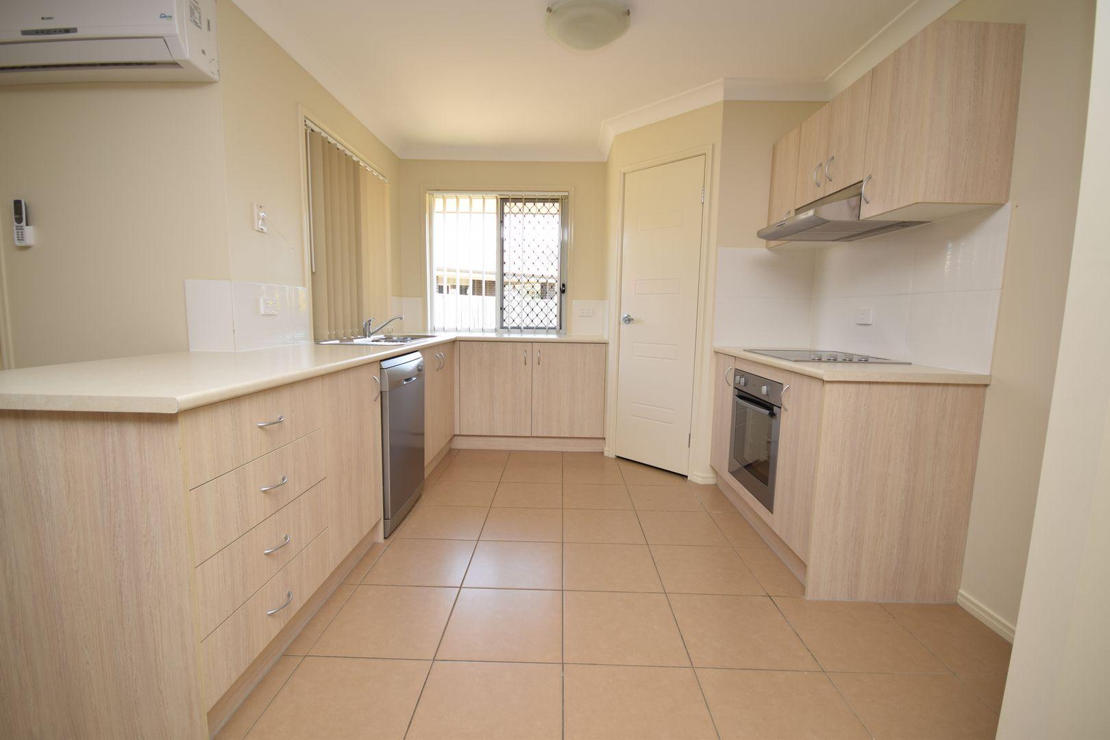 8 Myrtle Court, Fernvale QLD 4306, Image 1