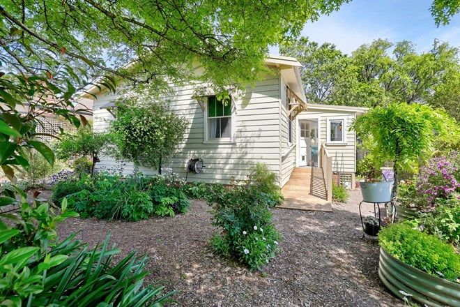 Picture of 44 Station Street, KATOOMBA NSW 2780
