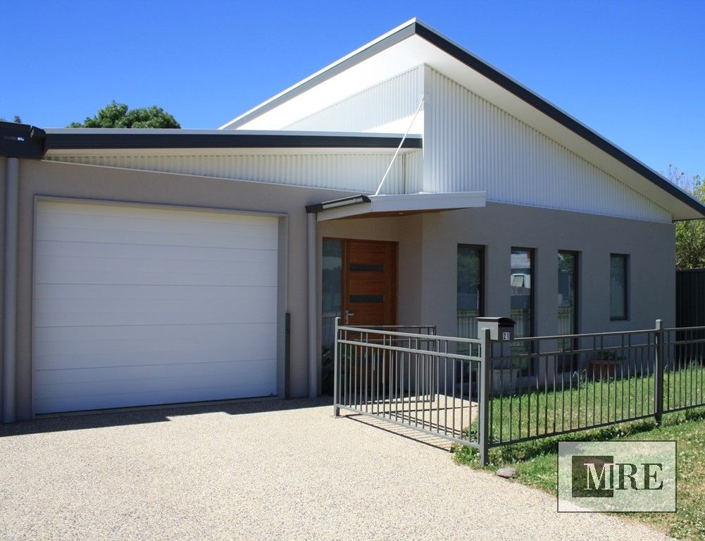 21 Victoria Street, Mansfield VIC 3722, Image 1