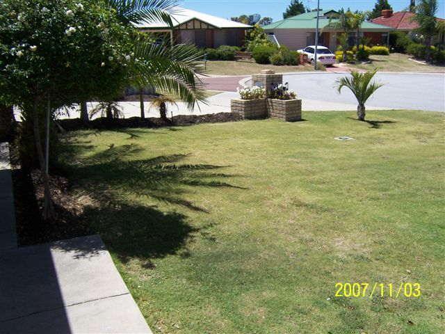 17 Sabine Grove, Alexander Heights WA 6064, Image 2