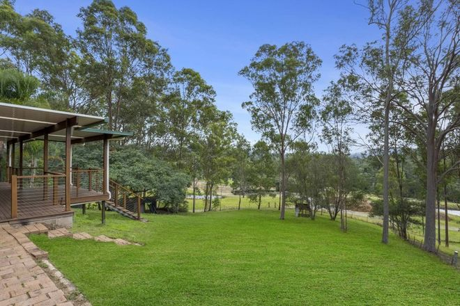 Picture of 24 Samford Road, SAMFORD VALLEY QLD 4520