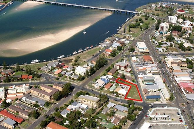 Picture of 6 Beach Street, TUNCURRY NSW 2428