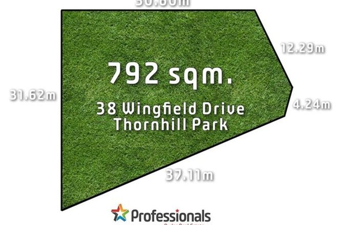 Picture of 38 Wingfield Drive, THORNHILL PARK VIC 3335