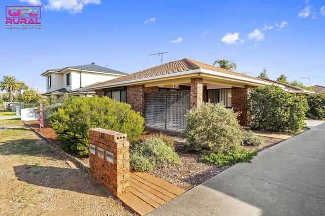 Picture of 1/188 Deboos Street, TEMORA NSW 2666