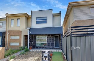 Picture of 28 Densham Way, Craigieburn VIC 3064
