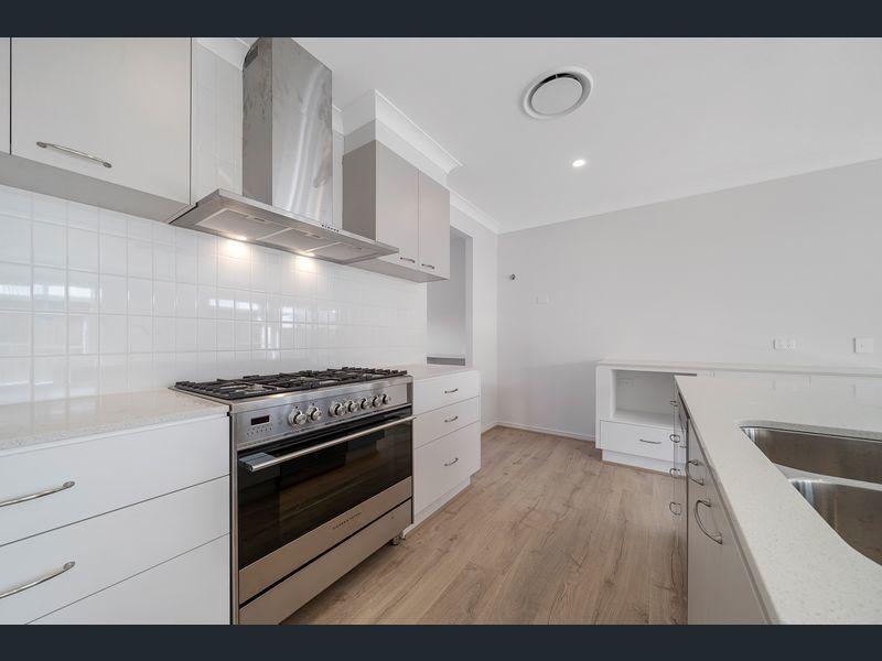 17 Riverland Rd, Coomera QLD 4209, Image 1