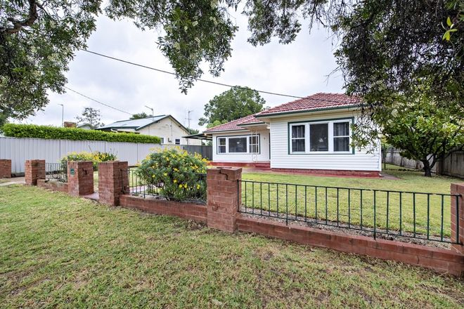 Picture of 5 Crown Street, DUBBO NSW 2830