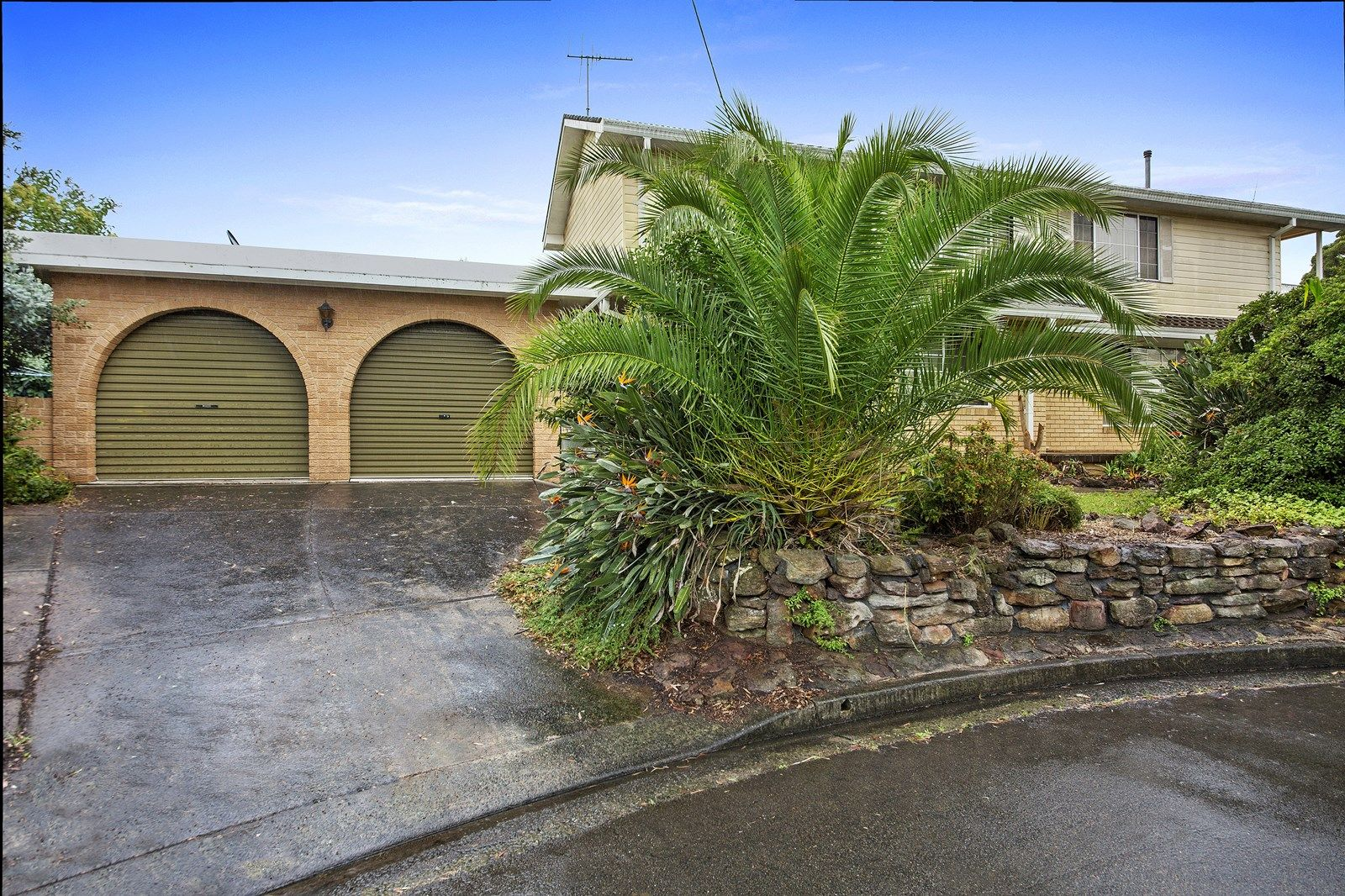 3 Deakin Place, Kirrawee NSW 2232, Image 1