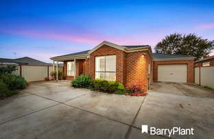 Picture of 2/16 Staton  Crescent, Melton West VIC 3337