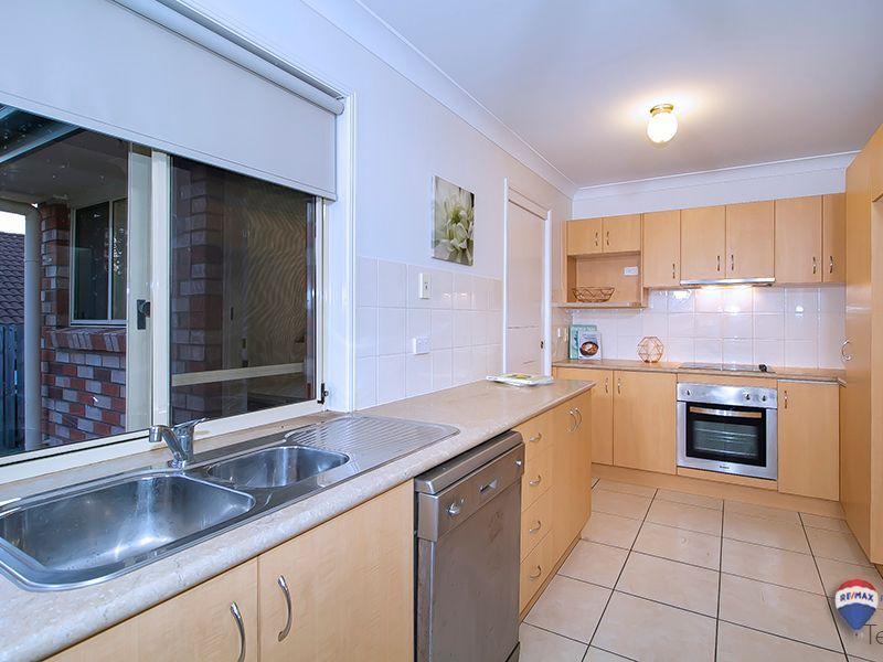 7 Emily Place, Sumner QLD 4074, Image 2