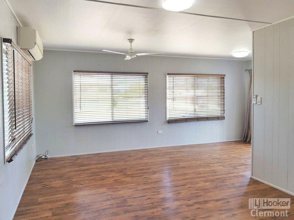 9 Karmoo Street, Clermont QLD 4721, Image 1
