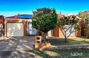 Picture of 8 Turquoise Close, St Albans VIC 3021