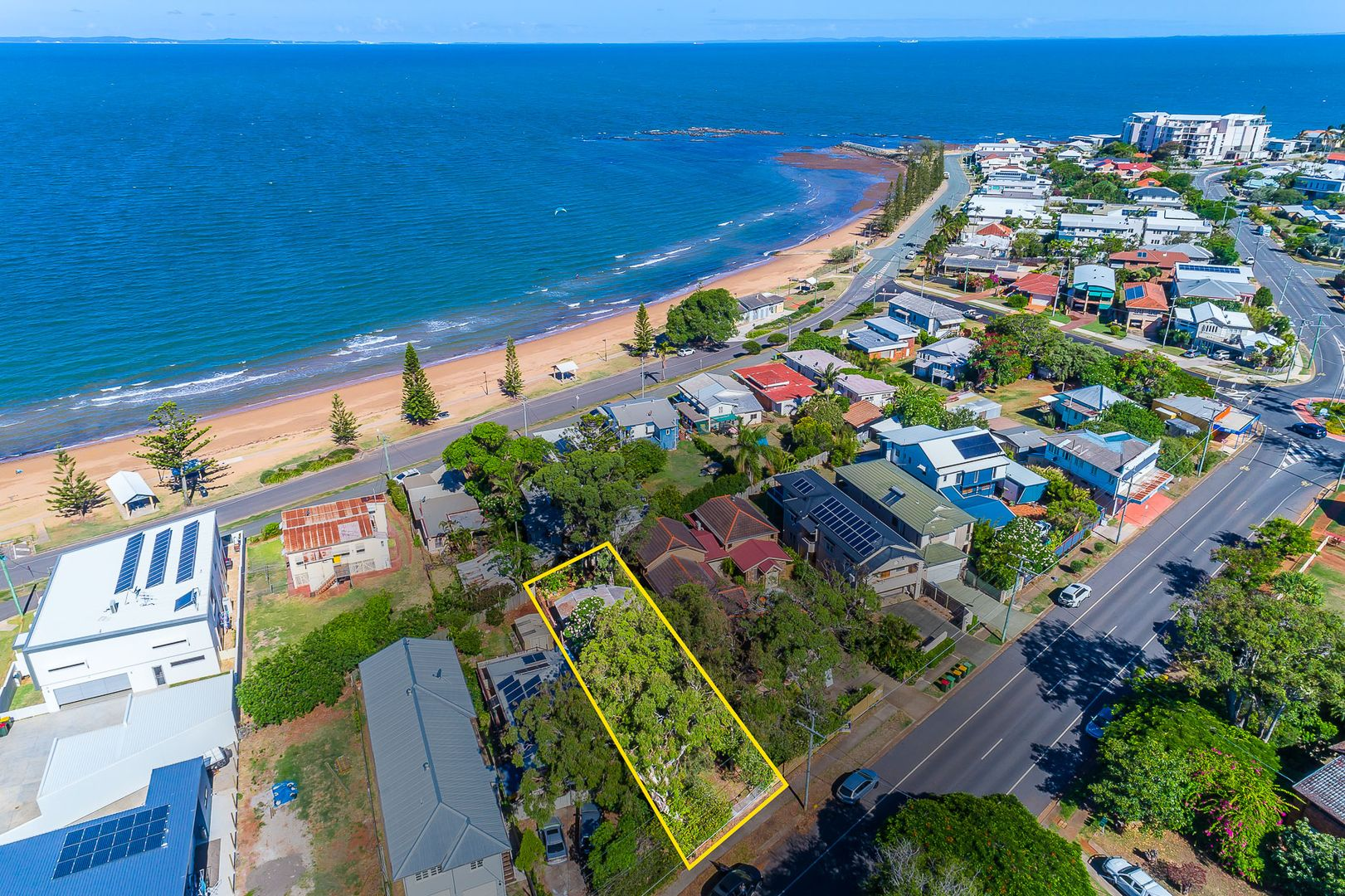 208 Prince Edward Pde, Scarborough QLD 4020, Image 0