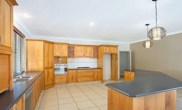 60 Gladrose Crescent, Wongawallan QLD 4210, Image 2