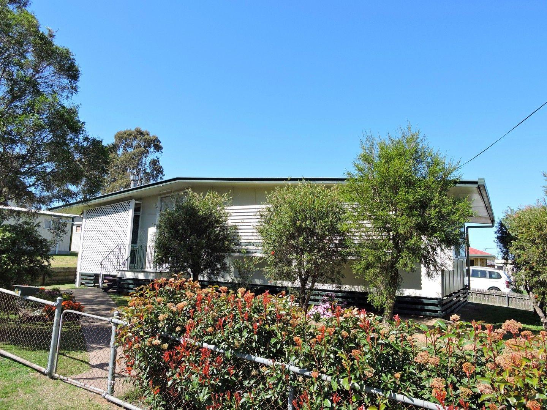 2 Furness Cres, Warwick QLD 4370, Image 0