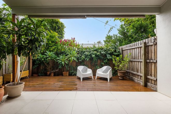 Picture of 2/49 Hawthorne Road, HAWTHORNE QLD 4171