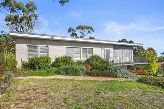 Picture of 103 Walker Street, BLACK HILL VIC 3350