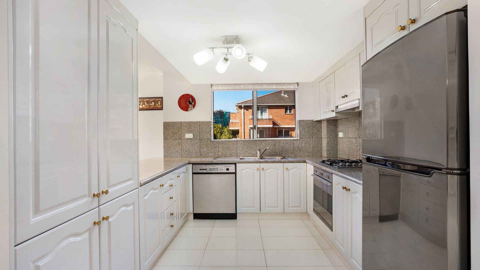 12/1 Elva Street, Strathfield NSW 2135, Image 2