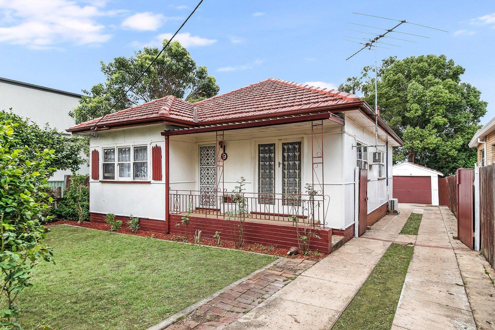 9 Lithgow Avenue, Yagoona NSW 2199, Image 0