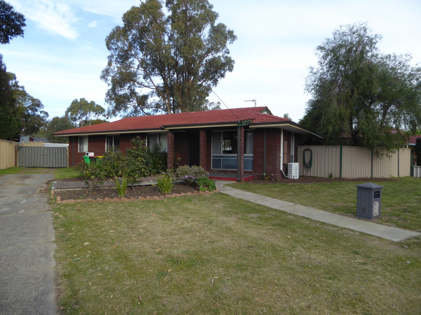 17 Hooper  Place, Withers WA 6230, Image 0