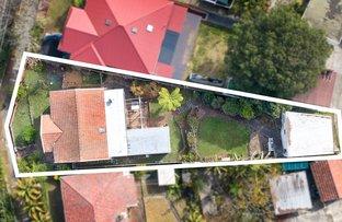 Picture of 27 Strathallen Avenue, Northbridge NSW 2063