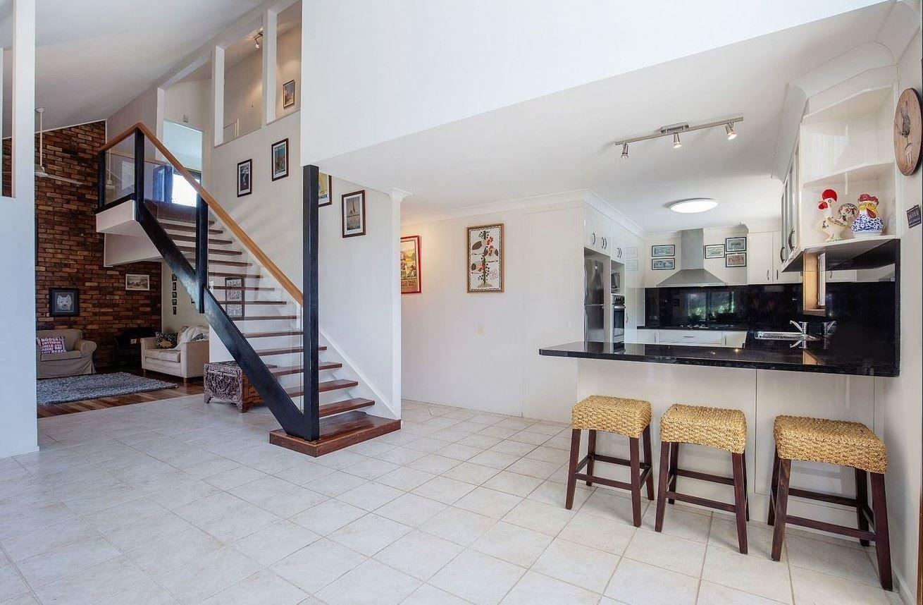 21 Mingaletta Drive, Ashmore QLD 4214, Image 0
