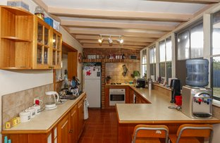 Picture of 6 Burdett Pl, Padbury WA 6025
