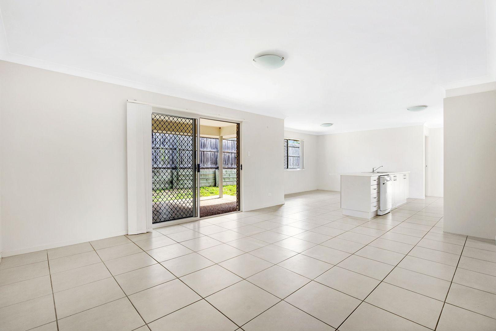 1 Brendan Thorne Place, Marsden QLD 4132, Image 2