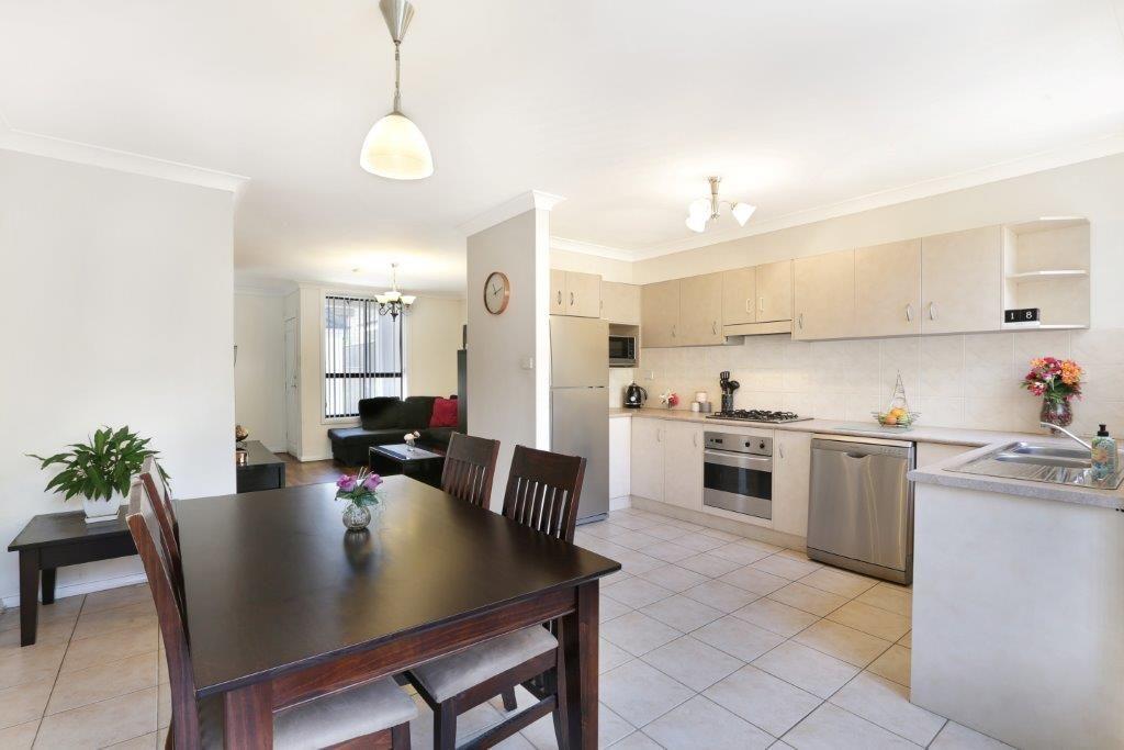 5/44 Rowland Avenue, Wollongong NSW 2500, Image 2