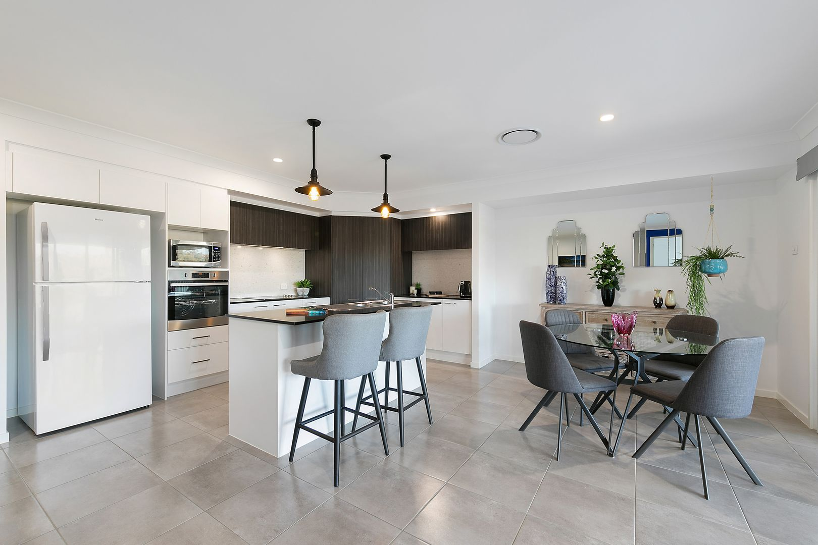 82 Grand Parade, Rutherford NSW 2320, Image 2