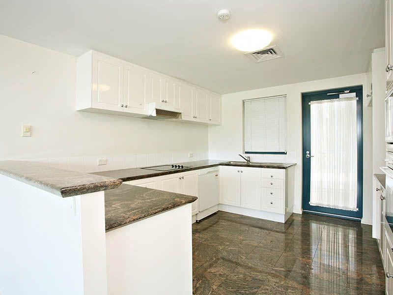 8 Goodwin Street, Kangaroo Point QLD 4169, Image 0