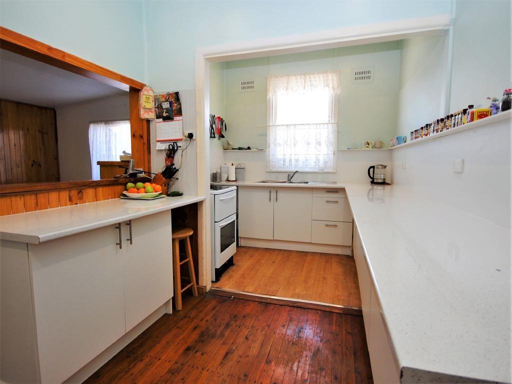 12 Cheryl Street, Mannering Park NSW 2259, Image 1