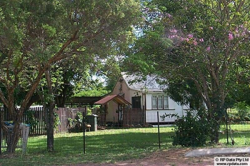 2 Jane St, Charters Towers City QLD 4820, Image 2