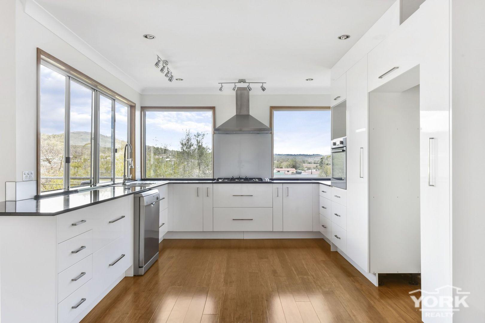 7 Amy Court, Westbrook QLD 4350, Image 0