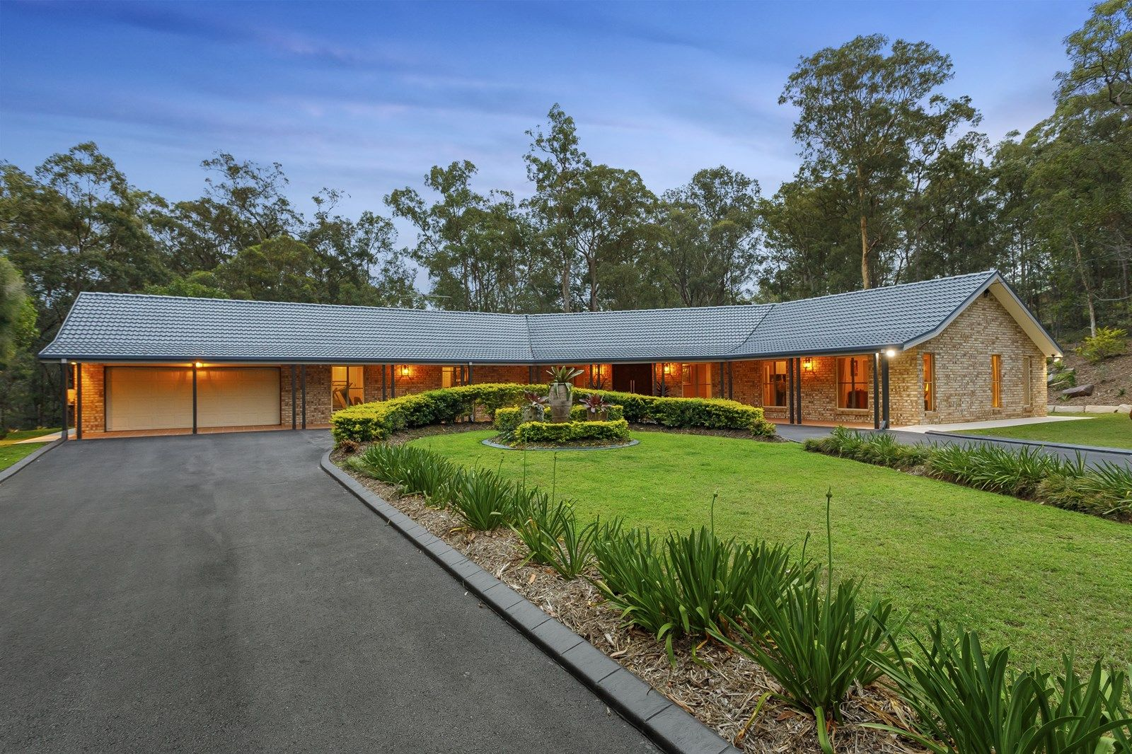 4 Heath Court, Cashmere QLD 4500, Image 1