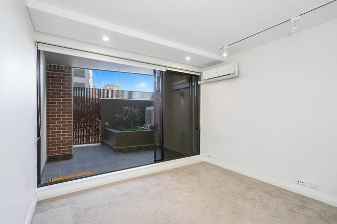 Picture of D302/24-26 Point  Street, PYRMONT NSW 2009