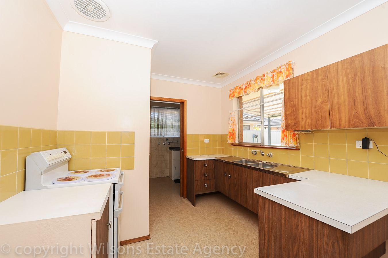 70 Dunban Road, Woy Woy NSW 2256, Image 2