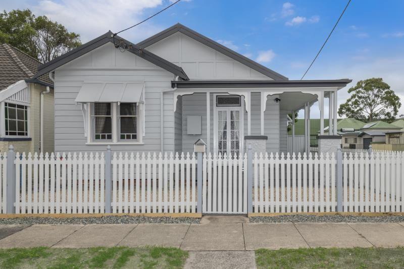 31 Smith Street, Mayfield NSW 2304, Image 0