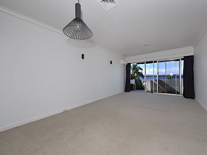 162C River Way, Salter Point WA 6152, Image 2