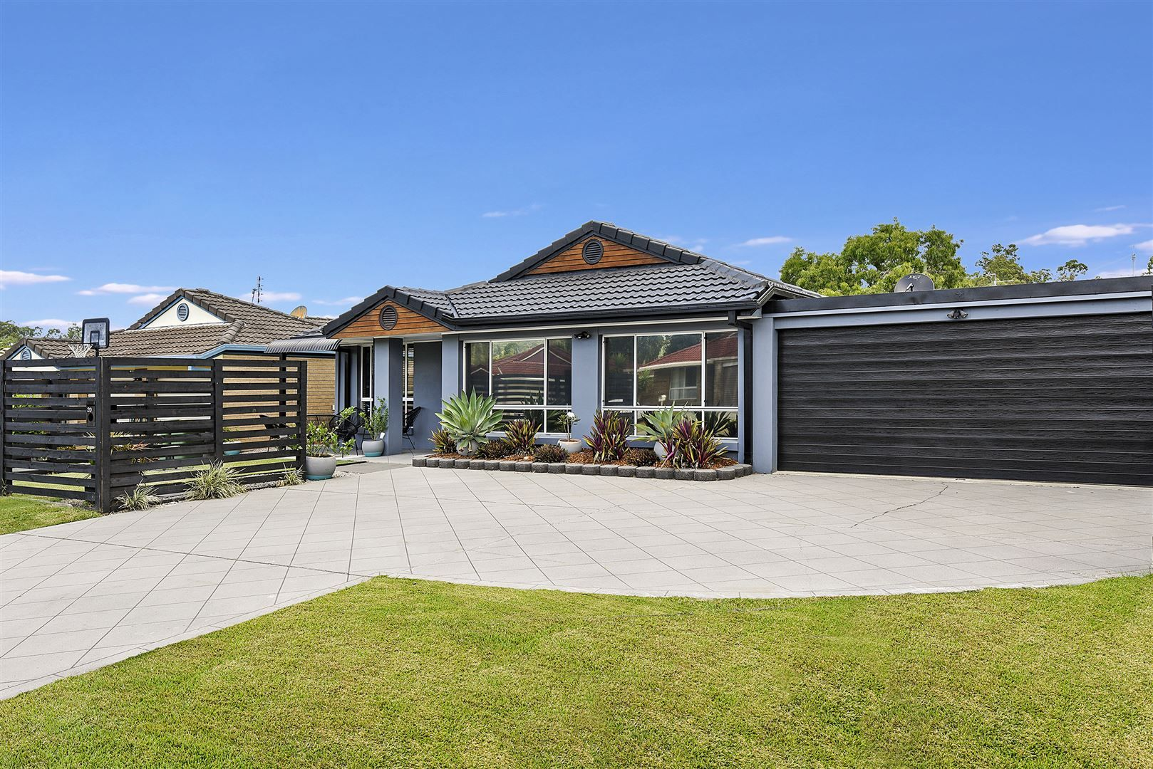 20 Fairweather Drive, Parkwood QLD 4214, Image 0