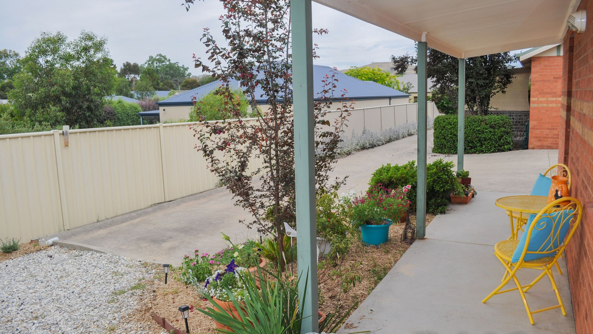 2/37 Somerset Crescent, Mansfield VIC 3722, Image 2