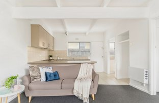 2/15 Buxton Road, Herne Hill VIC 3218