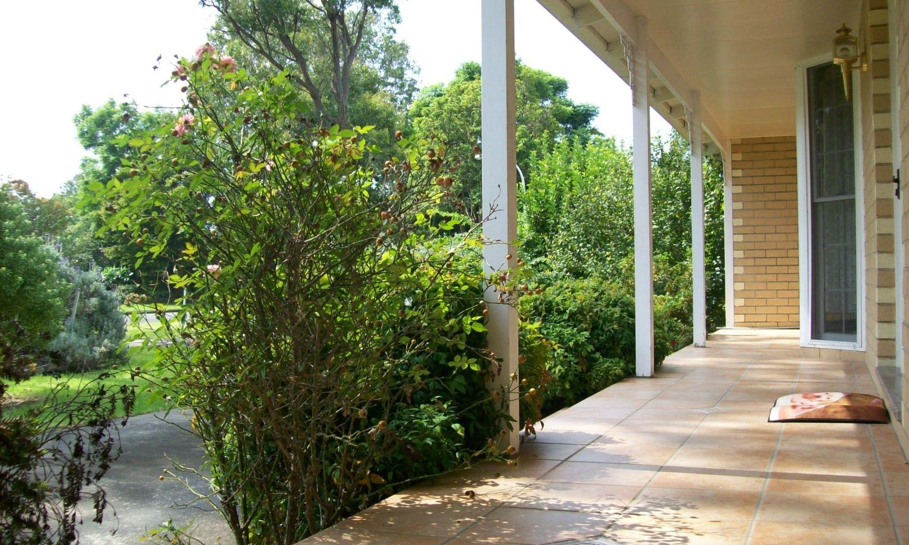 24 Lyrebird Drive, Nowra NSW 2541, Image 2