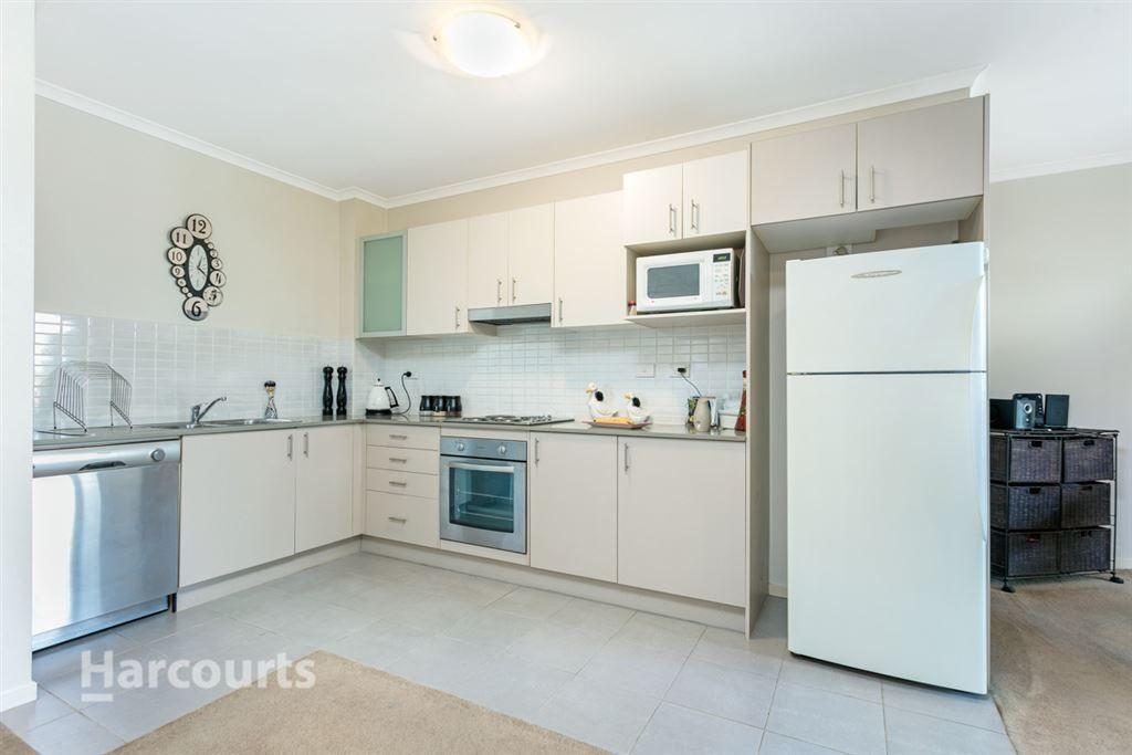305/1 Griffiths Street, Blacktown NSW 2148, Image 2