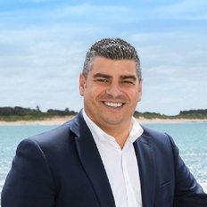 Mario Esposito, Sales representative