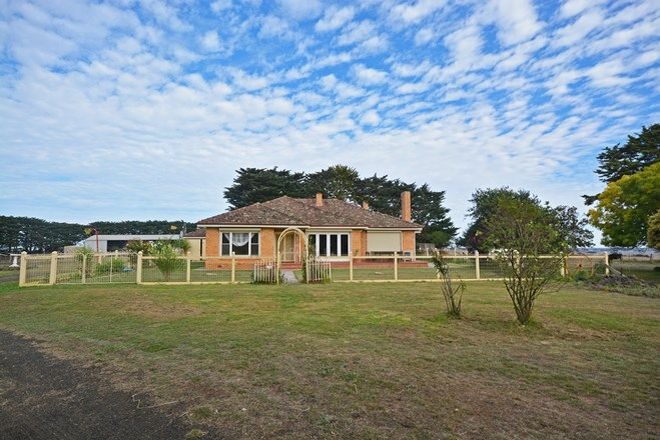 Picture of 102 Andrews Road, KNEBSWORTH VIC 3286