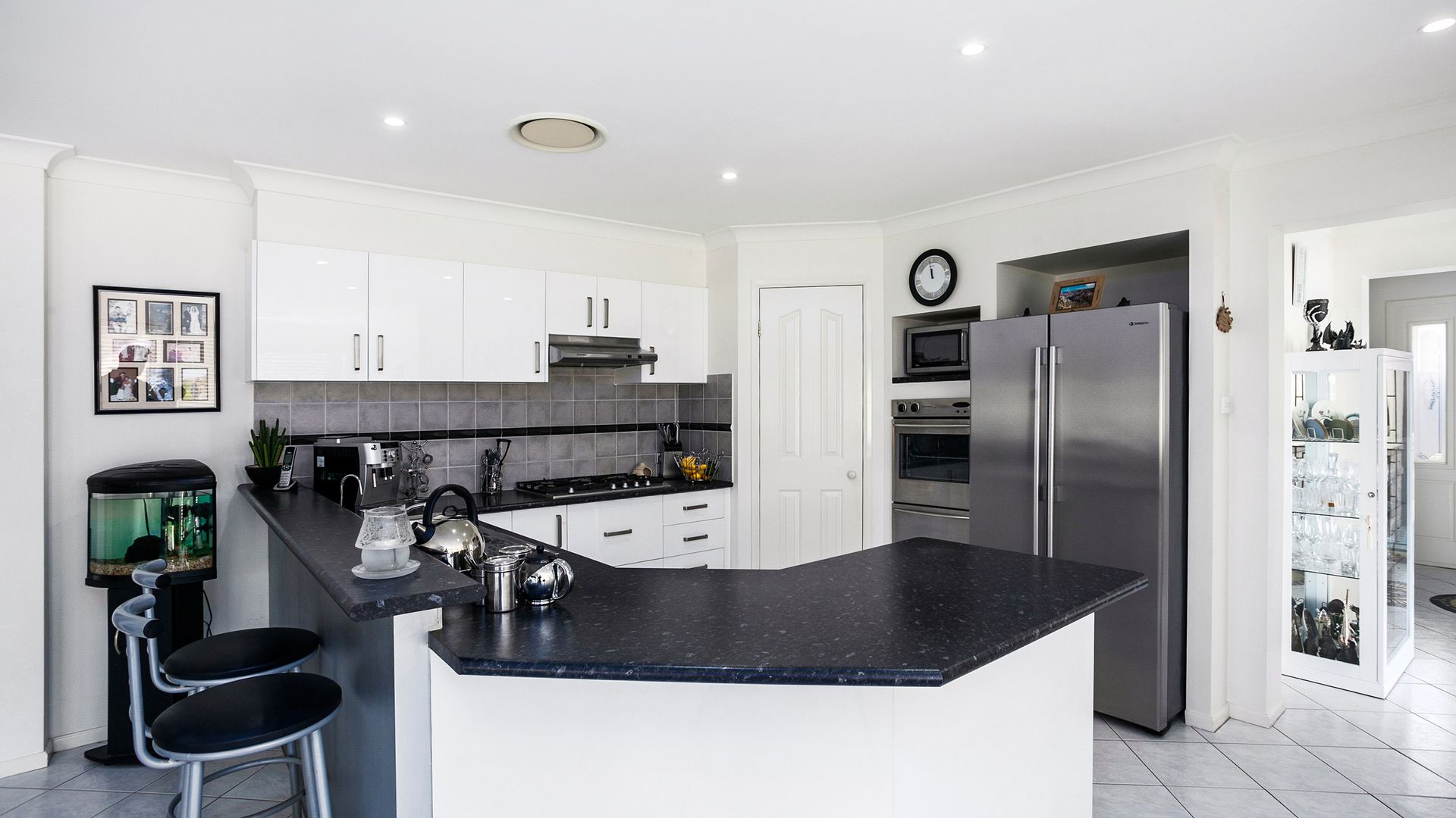 5 Molineaux Avenue, Shell Cove NSW 2529, Image 2