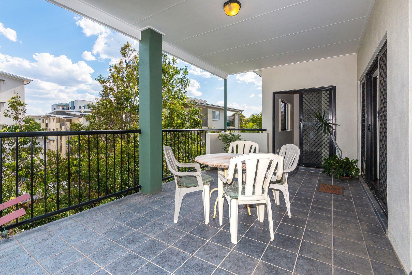 8/11 McNaughton Street, Redcliffe QLD 4020, Image 0